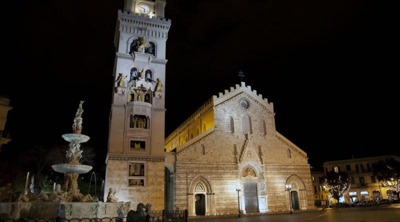 Messina Piazza Duomo di notte